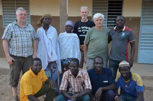 Membres de Mariam Faso avec professeurs de l'école Marie Joachim